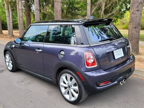 2012 MINI Cooper Hardtop for sale at CLEAR CHOICE AUTOMOTIVE in Milwaukie OR