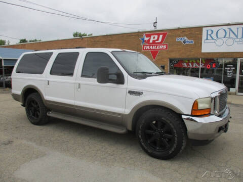 2000 Ford Excursion for sale at Rondo Truck & Trailer in Sycamore IL