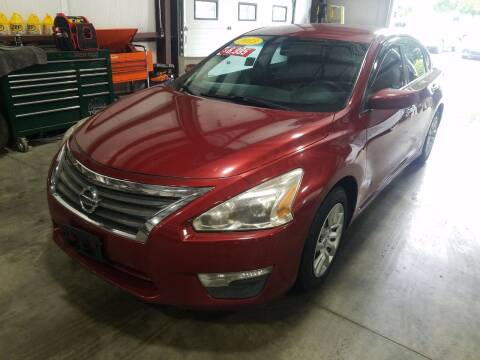 2013 Nissan Altima for sale at Hometown Automotive Service & Sales in Holliston MA