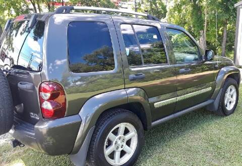 2006 Jeep Liberty for sale at Summit Motors LLC in Morgantown WV