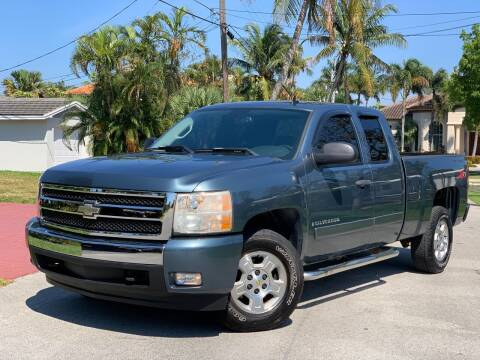 2007 Chevrolet Silverado 1500 for sale at Citywide Auto Group LLC in Pompano Beach FL