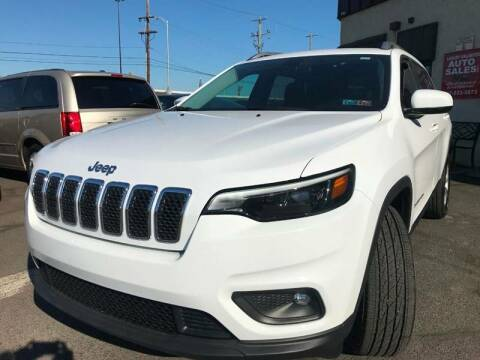 2019 Jeep Cherokee for sale at Luxury Unlimited Auto Sales Inc. in Trevose PA