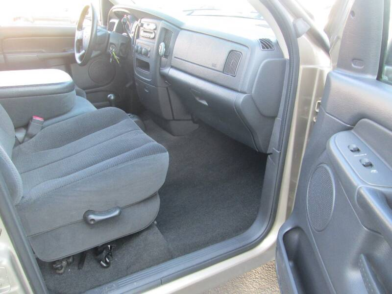 2005 Dodge Ram Pickup 1500 4dr Quad Cab SLT 4WD SB - Levittown PA