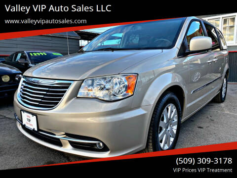 2014 Chrysler Town and Country for sale at Valley VIP Auto Sales LLC in Spokane Valley WA