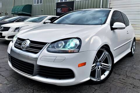2008 Volkswagen R32 for sale at Haus of Imports in Lemont IL