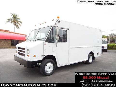 2008 Workhorse W62 for sale at Town Cars Auto Sales in West Palm Beach FL