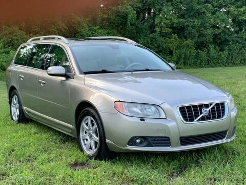 2008 Volvo V70 for sale at Essen Motor Company, Inc in Lebanon TN