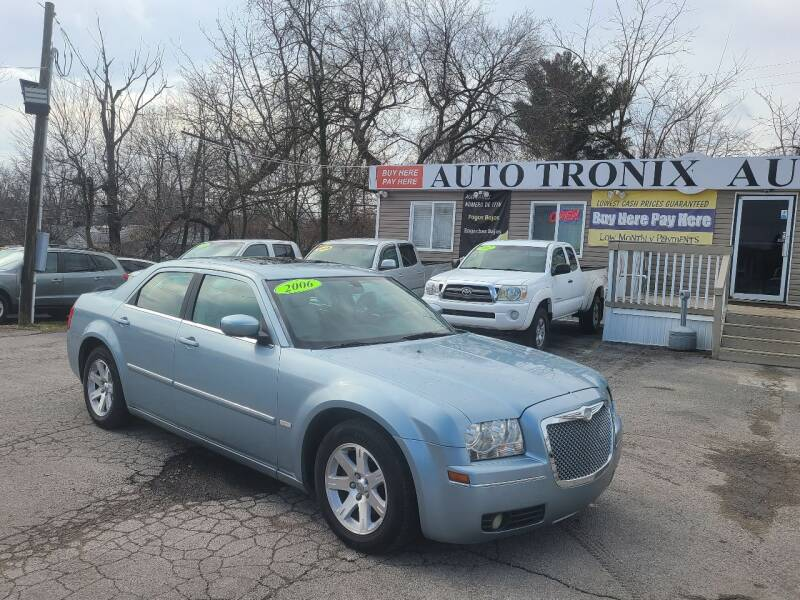 2006 Chrysler 300 for sale at Auto Tronix in Lexington KY