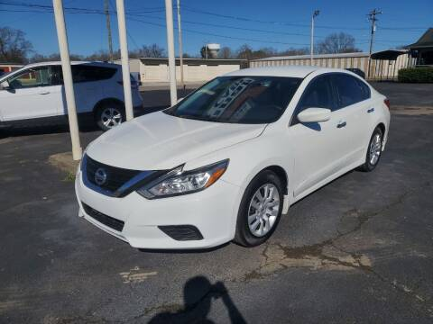2018 Nissan Altima for sale at Savannah Motor Co in Savannah TN