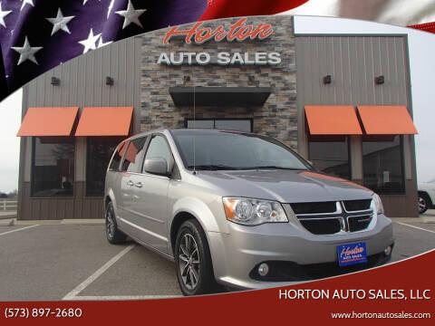 2017 Dodge Grand Caravan for sale at HORTON AUTO SALES, LLC in Linn MO