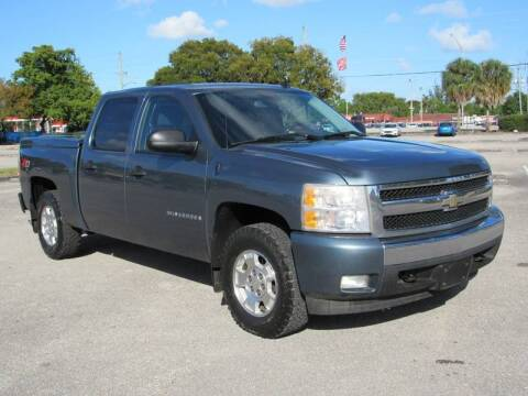2008 Chevrolet Silverado 1500 for sale at United Auto Center in Davie FL