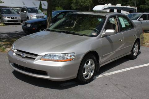 1998 Honda Accord for sale at Auto Bahn Motors in Winchester VA