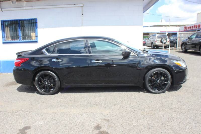 2017 Nissan Altima for sale at Bayview Auto Sales in Waipahu HI