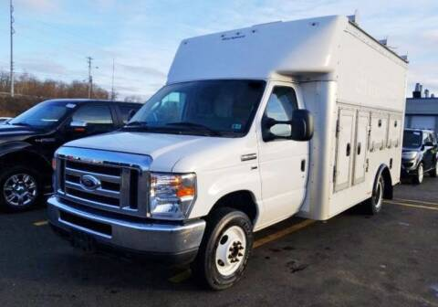 2016 Ford E-Series Chassis for sale at Trucksmart Isuzu in Morrisville PA