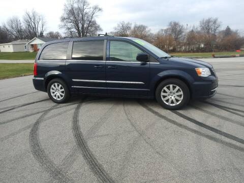 2015 Chrysler Town and Country for sale at Magana Auto Sales Inc in Aurora IL