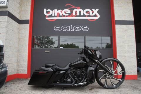 2016 Harley-Davidson Street Glide for sale at BIKEMAX, LLC in Palos Hills IL