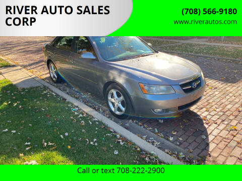 2008 Hyundai Sonata for sale at RIVER AUTO SALES CORP in Maywood IL