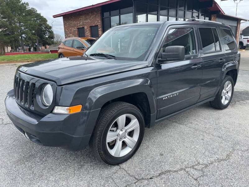 2015 Jeep Patriot for sale at Modern Automotive in Boiling Springs SC