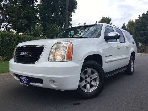 2008 GMC Yukon XL for sale at Valley Coach Co Sales & Lsng in Van Nuys CA