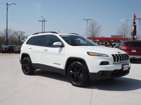 2016 Jeep Cherokee for sale at SIMOTES MOTORS in Minooka IL