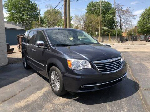 2013 Chrysler Town and Country for sale at Clawson Auto Sales in Clawson MI