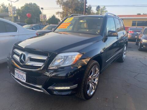 2013 Mercedes-Benz GLK for sale at Crown Auto Inc in South Gate CA