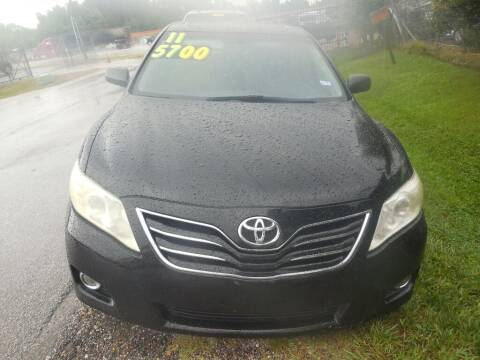2011 Toyota Camry for sale at SCOTT HARRISON MOTOR CO in Houston TX