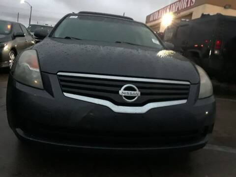 2009 Nissan Altima for sale at Auto Haus Imports in Grand Prairie TX