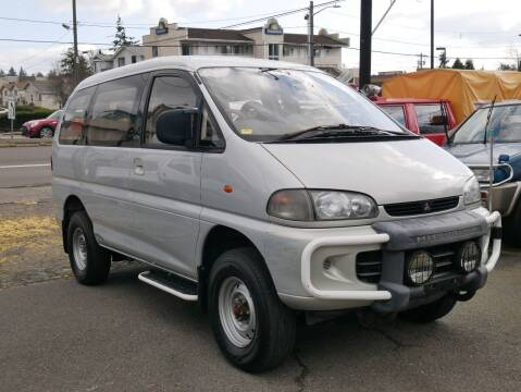 1994 Mitsubishi Delica High Roof 4x4 for sale at JDM Car & Motorcycle LLC in Seattle WA