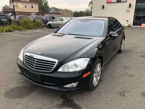 2007 Mercedes-Benz S-Class for sale at MAGIC AUTO SALES in Little Ferry NJ