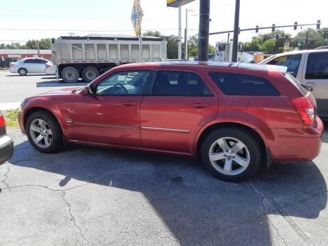 2005 Dodge Magnum for sale at Easy Credit Auto Sales in Cocoa FL