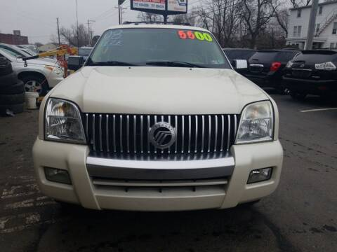 2008 Mercury Mountaineer for sale at Roy's Auto Sales in Harrisburg PA
