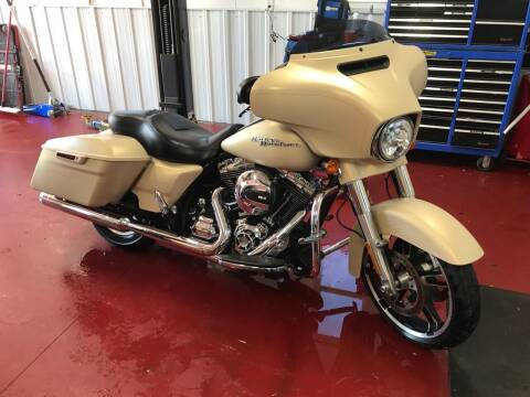 2014 Harley Davidson Street Glide for sale at Badlands Brokers in Rapid City SD