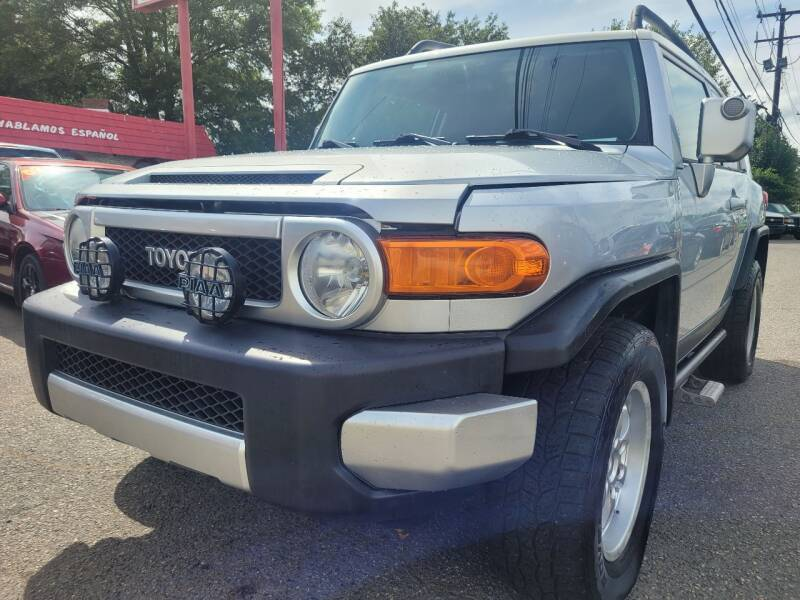 2007 Toyota FJ Cruiser for sale at Ace Auto Brokers in Charlotte NC