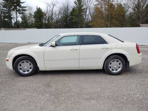 2006 Chrysler 300 for sale at Hilltop Auto in Clare MI