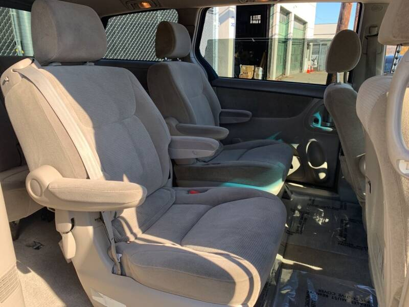 2004 Toyota Sienna AWD LE 7-Passenger 4dr Mini-Van - Paterson NJ