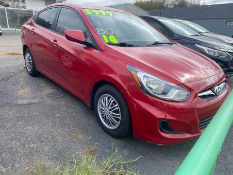 2014 Hyundai Accent for sale at Unique Motors in Wichita KS