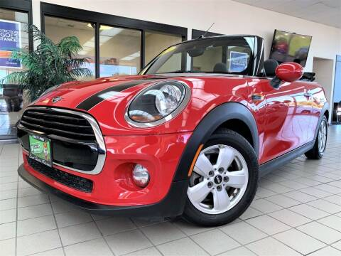 2019 MINI Convertible for sale at SAINT CHARLES MOTORCARS in Saint Charles IL