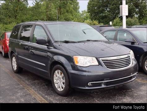 2014 Chrysler Town and Country for sale at BOB ROHRMAN FORT WAYNE TOYOTA in Fort Wayne IN