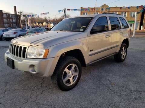 2007 Jeep Grand Cherokee for sale at StarsNStripes Auto in Saint Louis MO