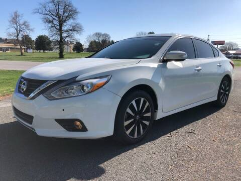 2018 Nissan Altima for sale at COUNTRYSIDE AUTO SALES 2 in Russellville KY