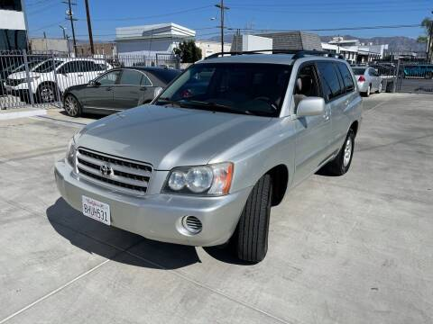2003 Toyota Highlander for sale at Galaxy of Cars in North Hollywood CA