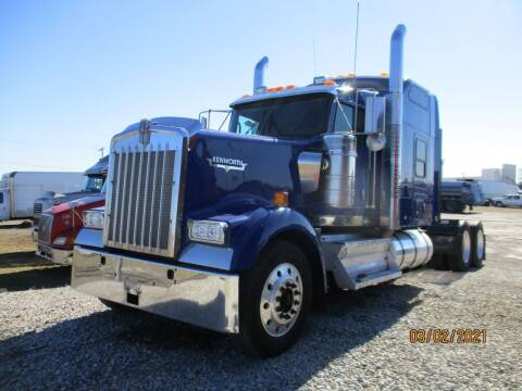 2012 Kenworth W900 for sale at ROAD READY SALES INC in Richmond IN