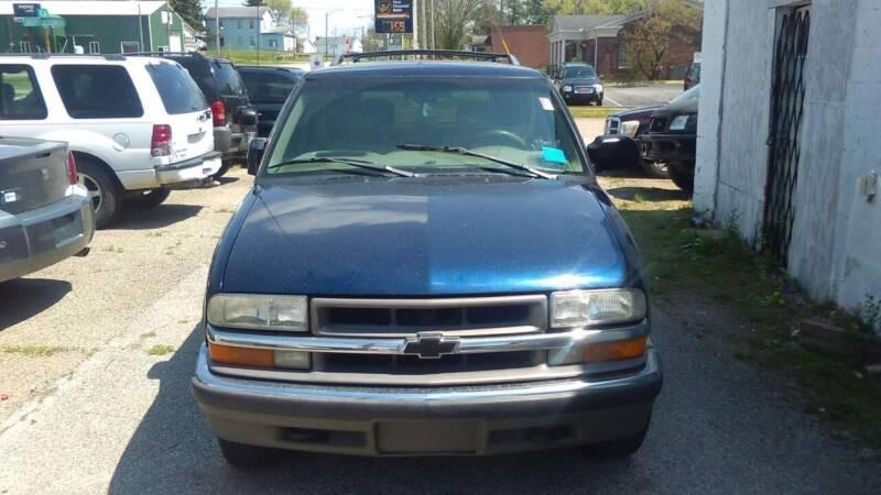 2000 Chevrolet Blazer for sale at New Start Motors LLC in Montezuma IN