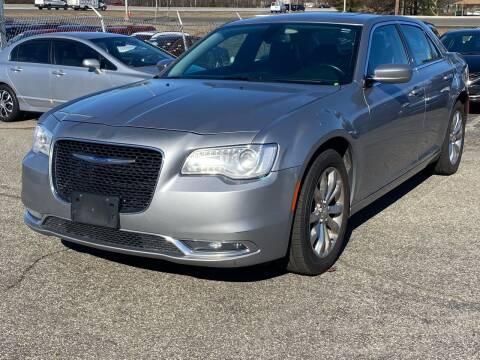 2017 Chrysler 300 for sale at MAGIC AUTO SALES - Magic Auto Prestige in South Hackensack NJ