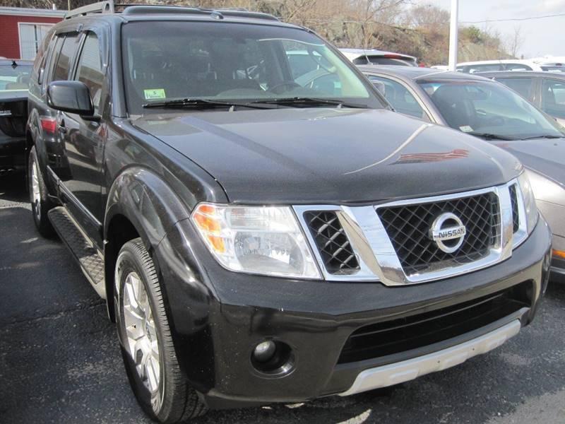 2011 Nissan Pathfinder for sale at Zinks Automotive Sales and Service - Zinks Auto Sales and Service in Cranston RI