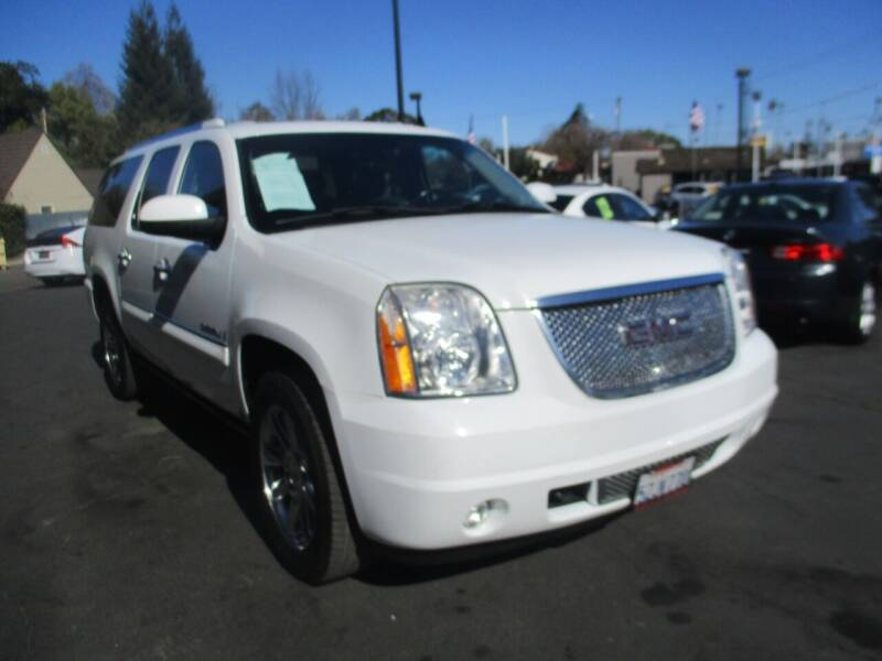 2007 GMC Yukon XL for sale at Quick Auto Sales in Modesto CA