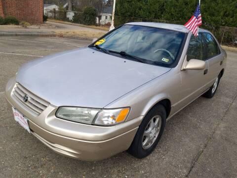 1998 Toyota Camry for sale at Hilton Motors Inc. in Newport News VA