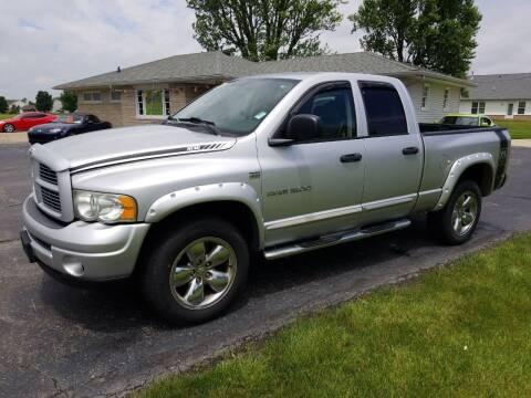 2004 Dodge Ram Pickup 1500 for sale at CALDERONE CAR & TRUCK in Whiteland IN