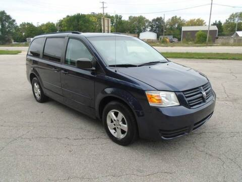 2008 Dodge Grand Caravan for sale at RJ Motors in Plano IL
